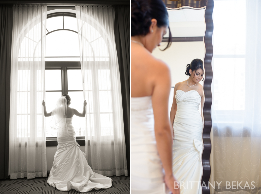 Best Chicago locations for brides getting ready for wedding // Brittany Bekas Photography | www.brittanybekas.com // Chicago wedding photographer