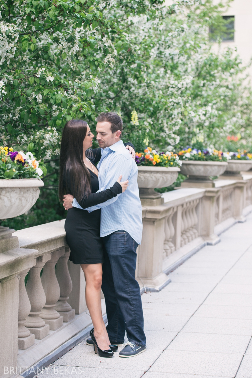 chicago engagement : lurie gardens, art insititute gardens // brittany bekas photography - www.brittanybekas.com // wedding + lifestyle photographer based in chicago, illinois