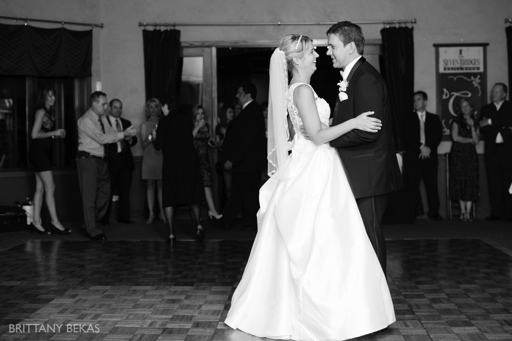 Seven Bridges Golf Course Woodridge Wedding Photos_0024