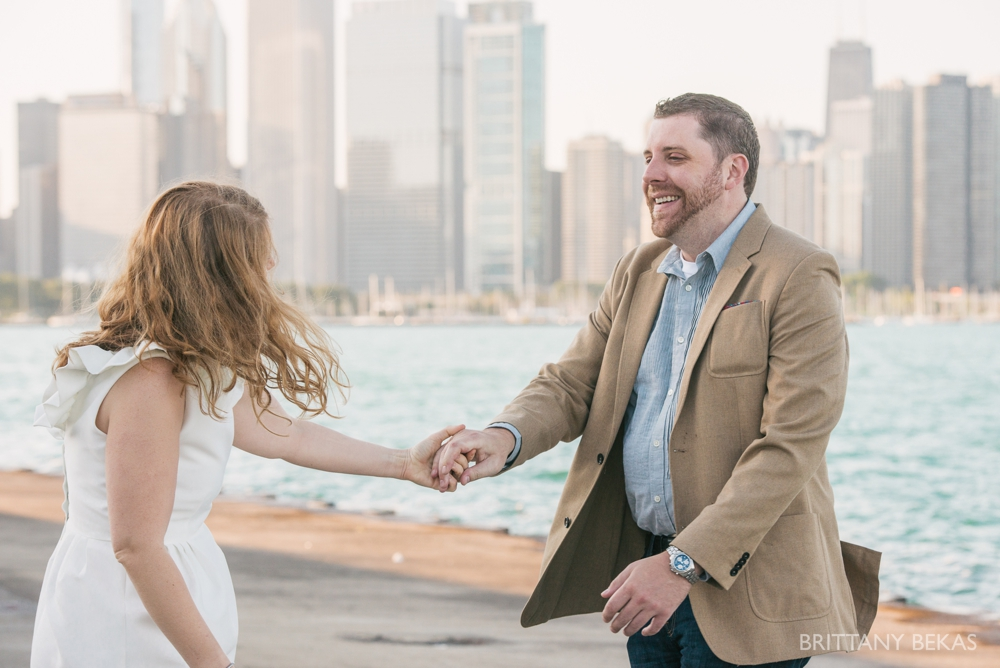 Chicago Engagement Adler Planetarium Engagement Photos_0004