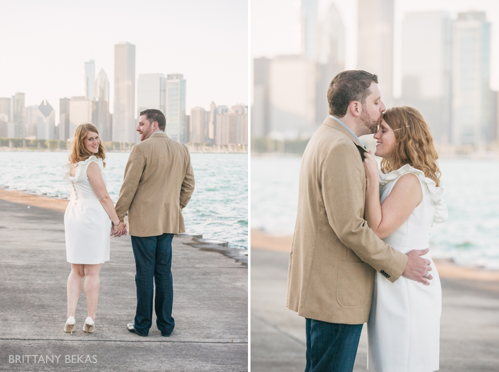 Chicago Engagement Adler Planetarium Engagement Photos_0017