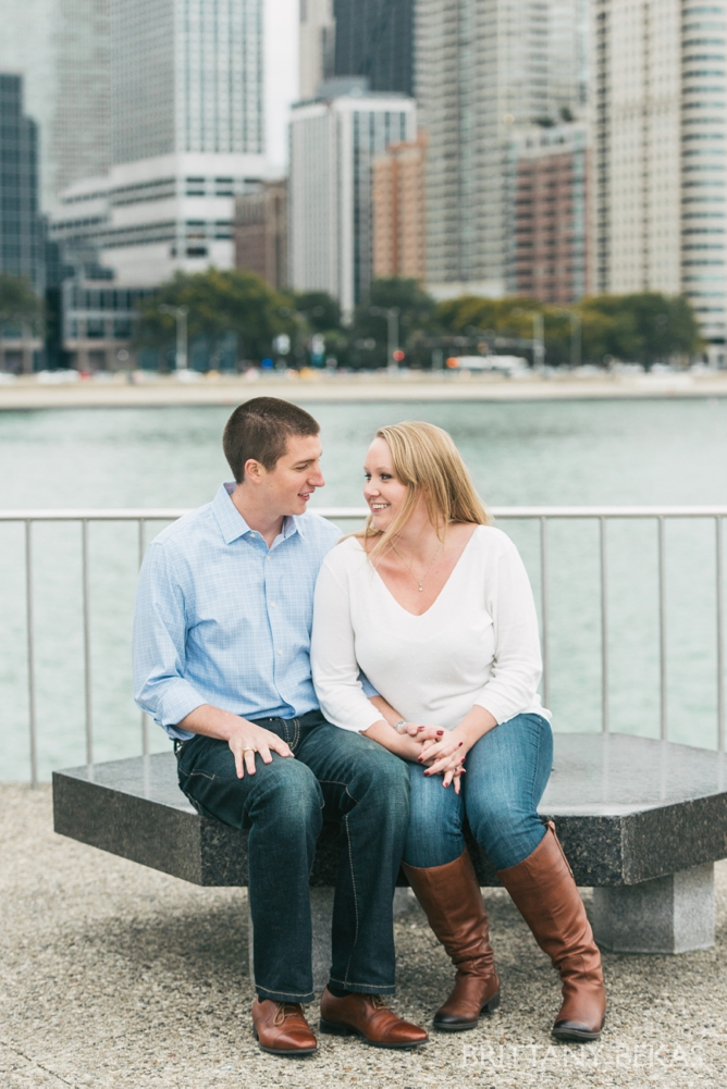 Chicago Engagement Olive Park Engagement Photos_0009