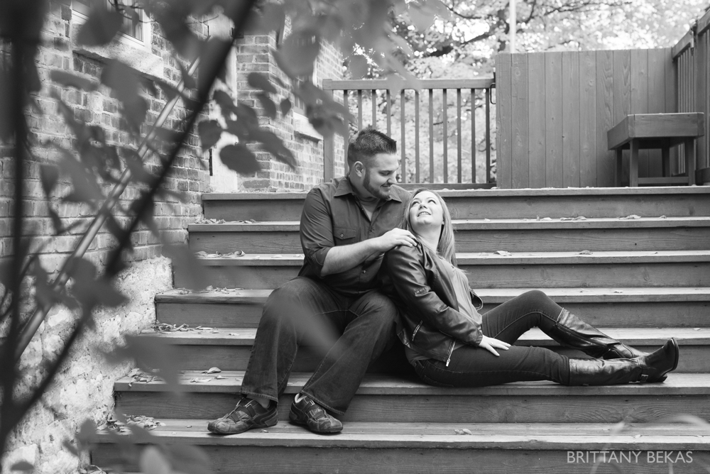 Chicago Engagement Graue Mill Engagement Photos_0001