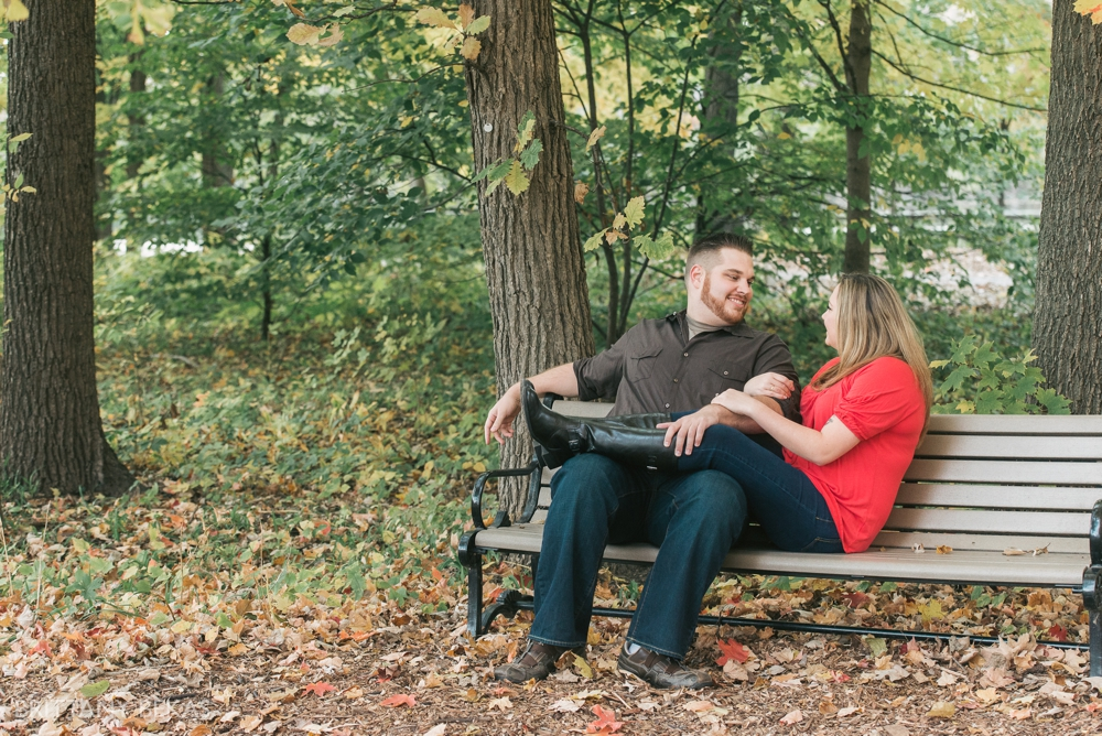 Chicago Engagement Graue Mill Engagement Photos_0009