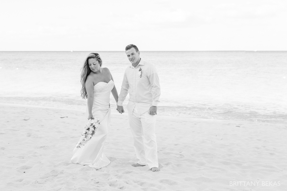 Grand Cayman Seven Mile Beach Trash the Dress Wedding Photos_0002