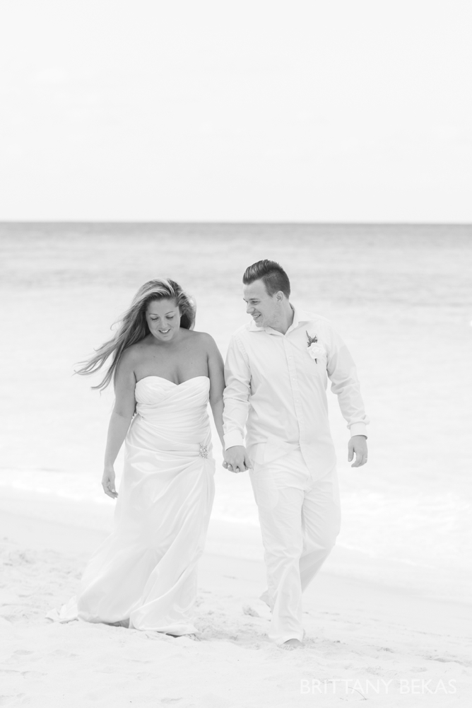 Grand Cayman Seven Mile Beach Trash the Dress Wedding Photos_0009