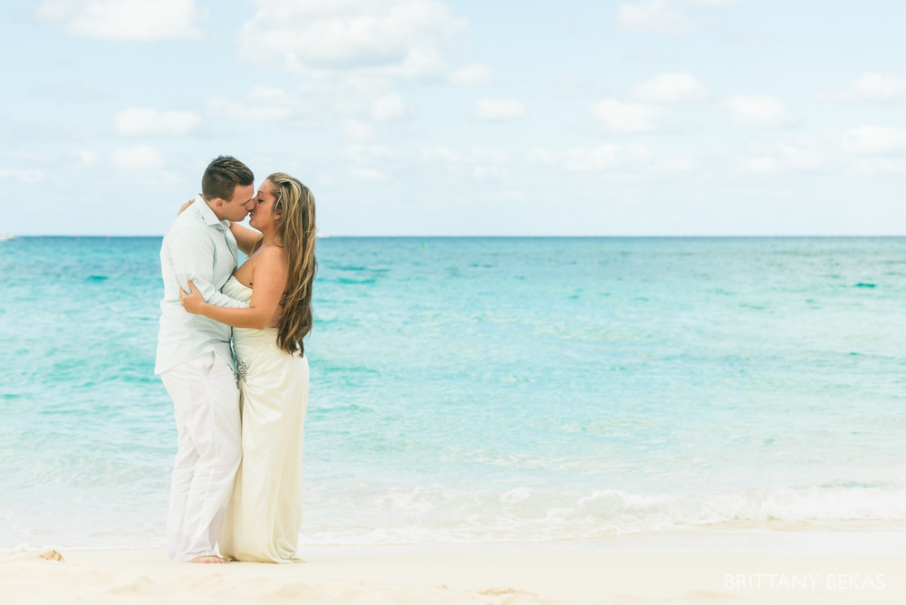 Grand Cayman Seven Mile Beach Trash the Dress Wedding Photos_0019