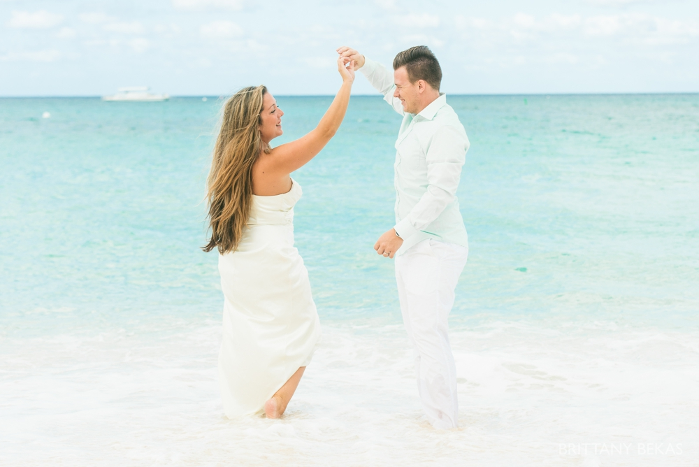 Grand Cayman Seven Mile Beach Trash the Dress Wedding Photos_0021