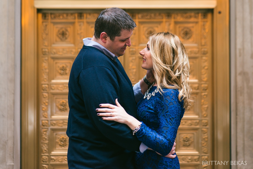 Chicago Board of Trade Lasalle Street Bridge Engagement Photos_0002