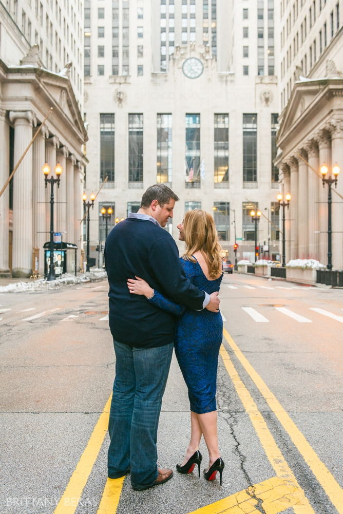 Chicago Board of Trade Lasalle Street Bridge Engagement Photos_0006