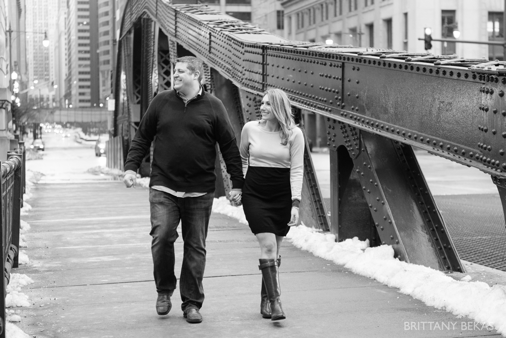 Chicago Board of Trade Lasalle Street Bridge Engagement Photos_0016