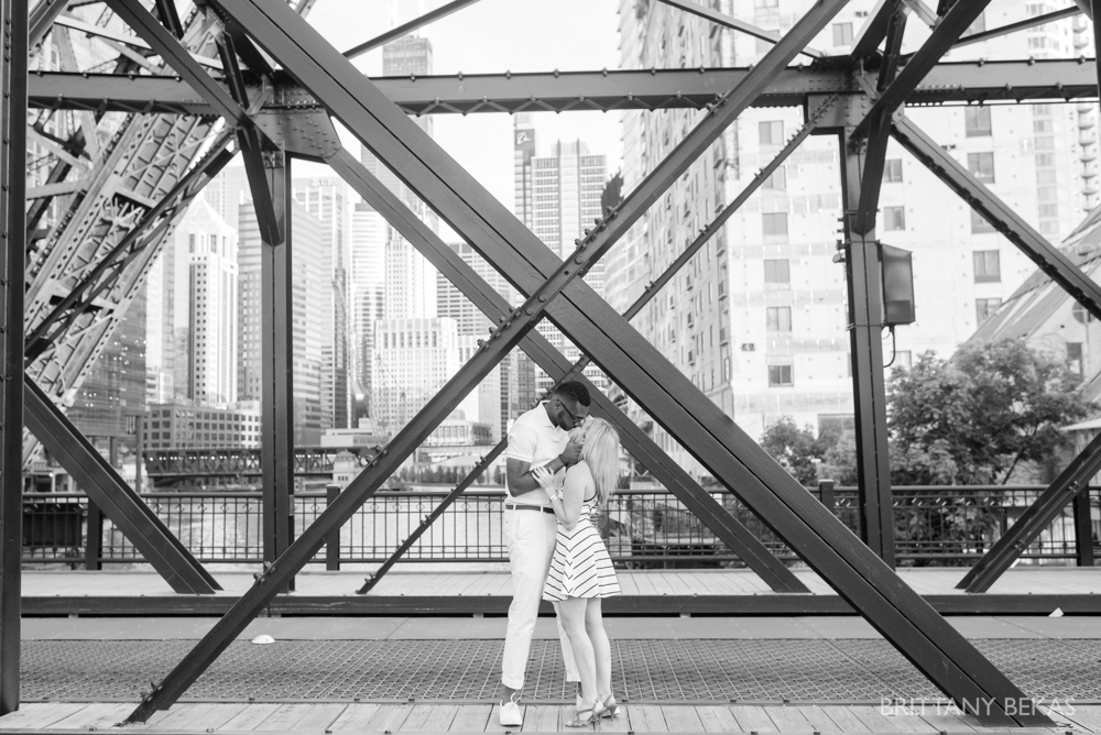 Chicago Engagement Kinzie Street Bridge Photos - Brittany Bekas Photography_0006