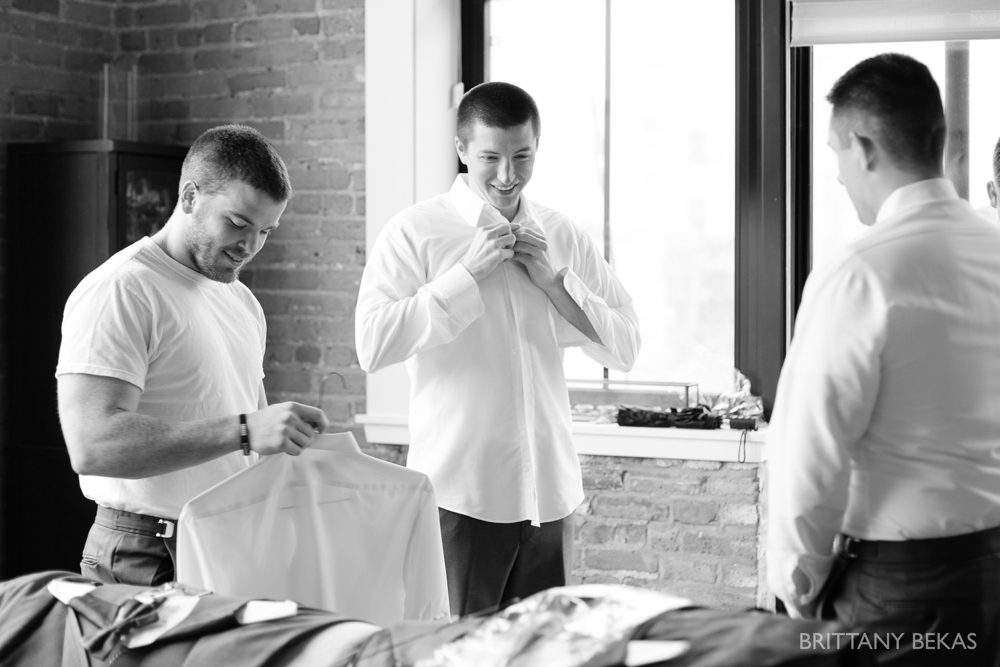 Chicago Wedding Photos Loft on Lake Wedding - Brittany Bekas Photography_0009