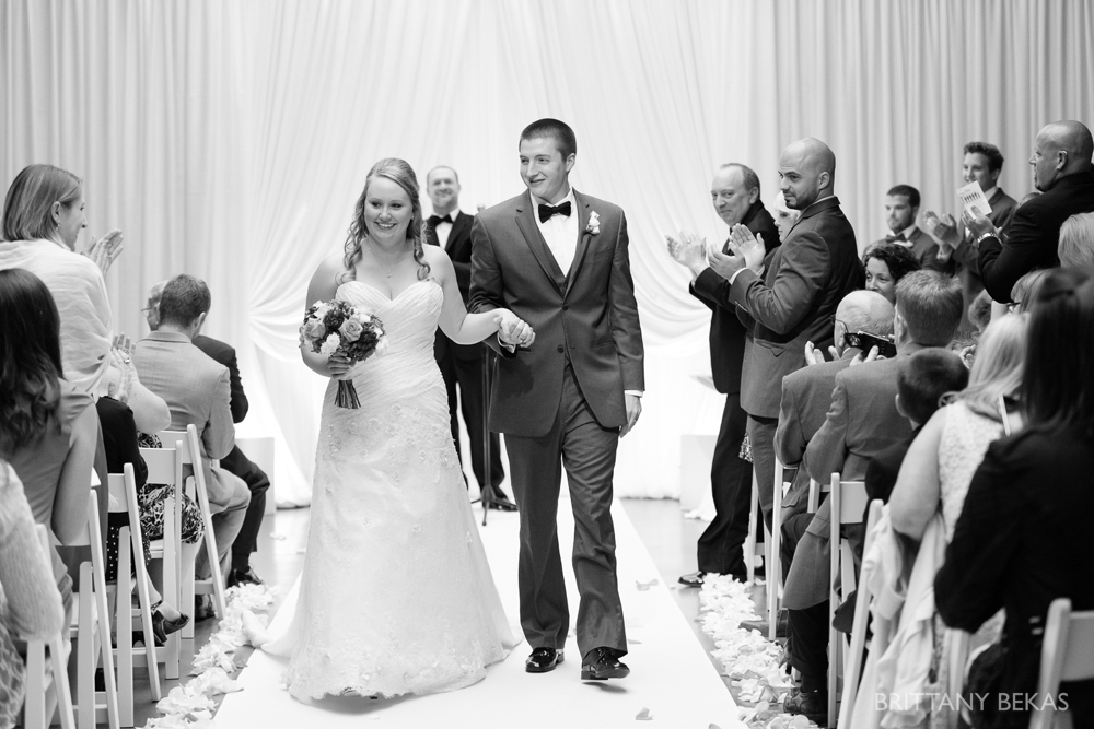 Chicago Wedding Photos Loft on Lake Wedding - Brittany Bekas Photography_0024