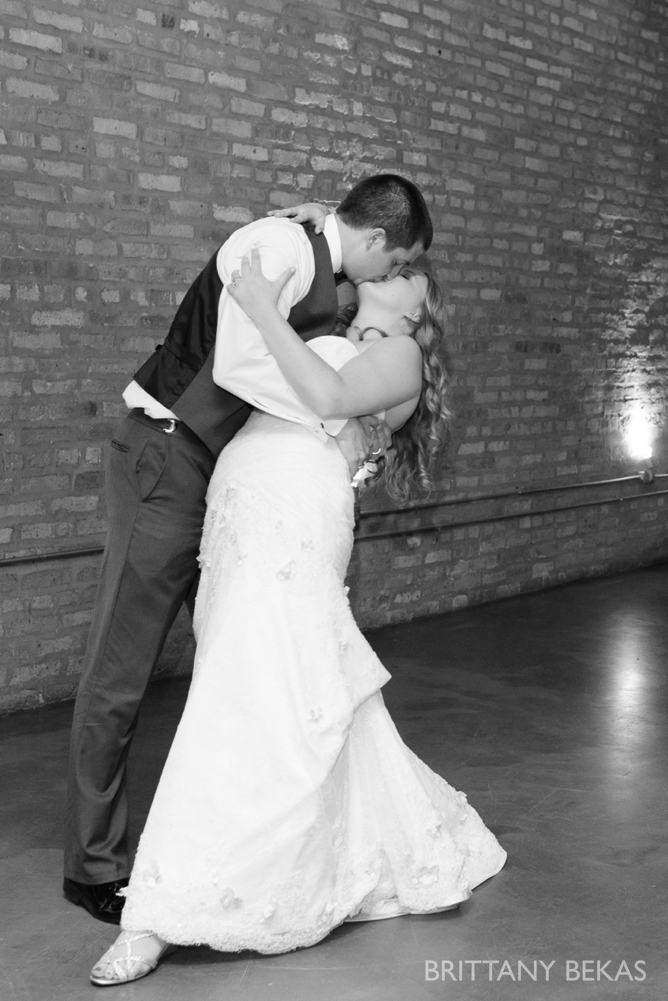 Chicago Wedding Photos Loft on Lake Wedding - Brittany Bekas Photography_0026