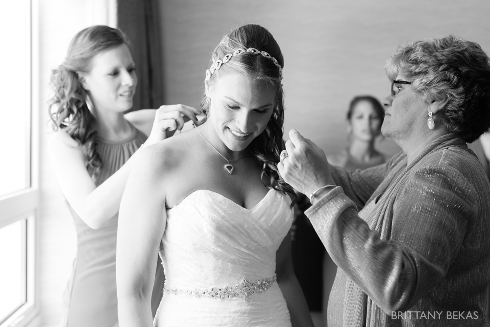 Chicago Wedding Photographer - Chevy Chase Country Club Wedding Photos_0008