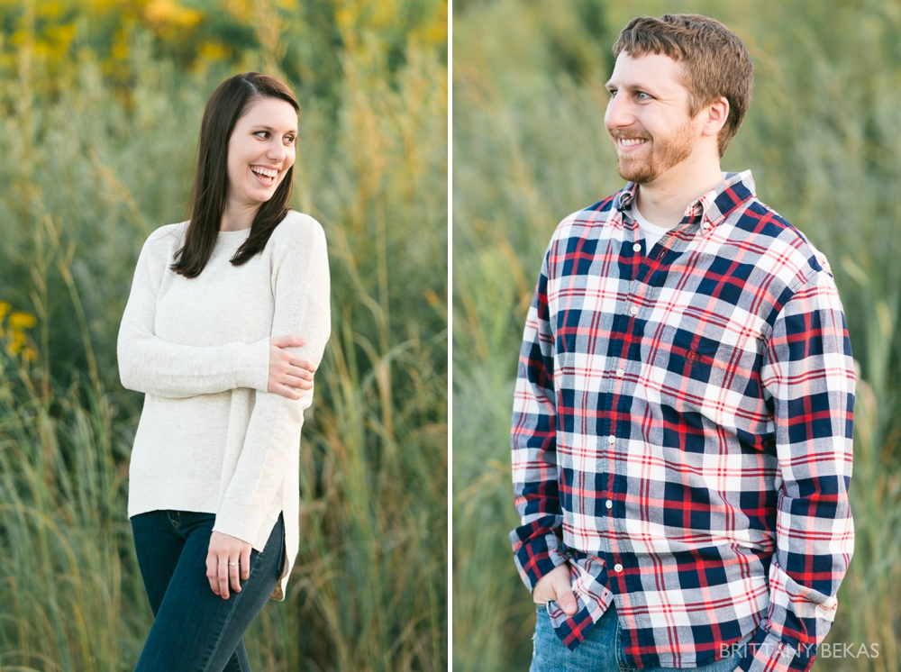 Indepedence Grove Engagement Photos - Chicago Engagement_0008