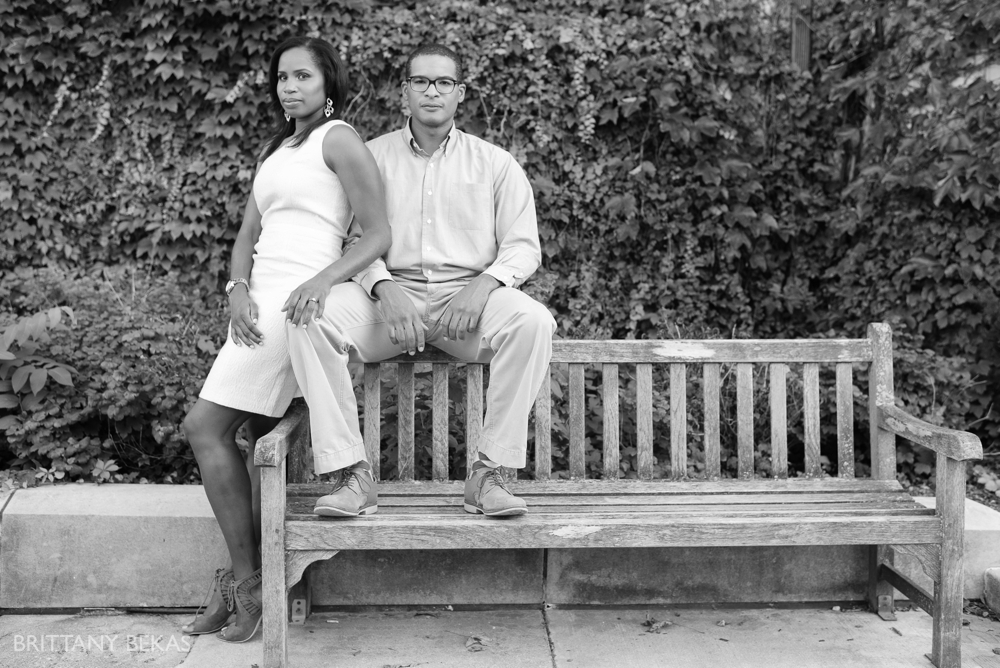 University of Chicago Engagement Photos - Chicago Engagement_0008