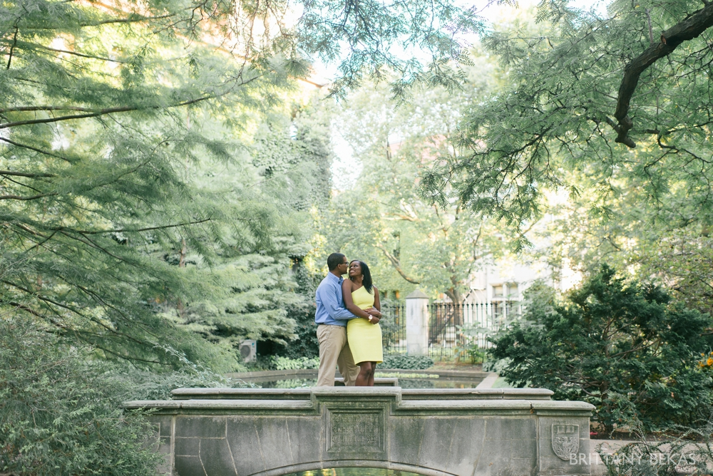 University of Chicago Engagement Photos - Chicago Engagement_0014