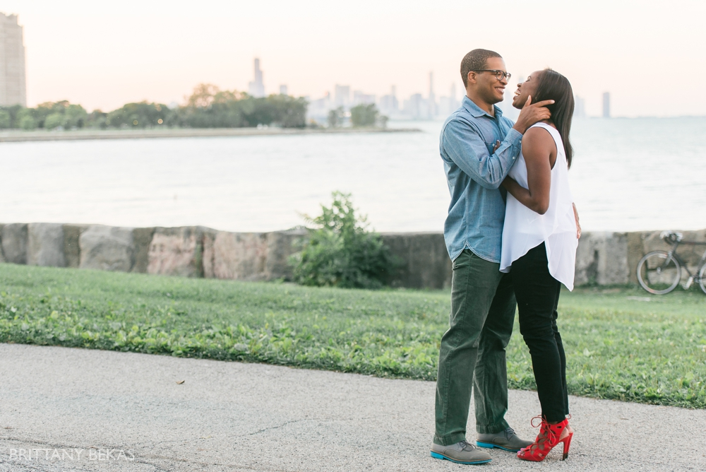 University of Chicago Engagement Photos - Chicago Engagement_0019