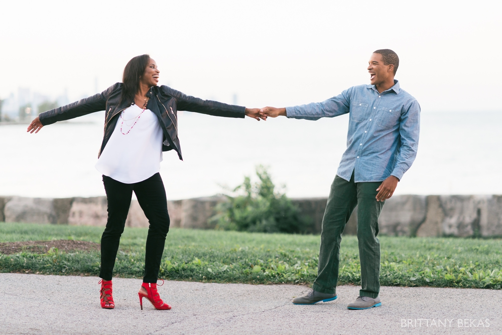 University of Chicago Engagement Photos - Chicago Engagement_0023