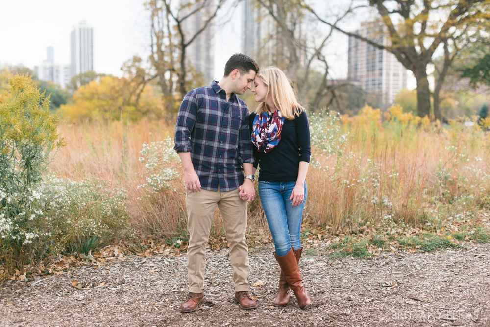 Chicago Engagement - Lincoln Park Engagement Photos_0010
