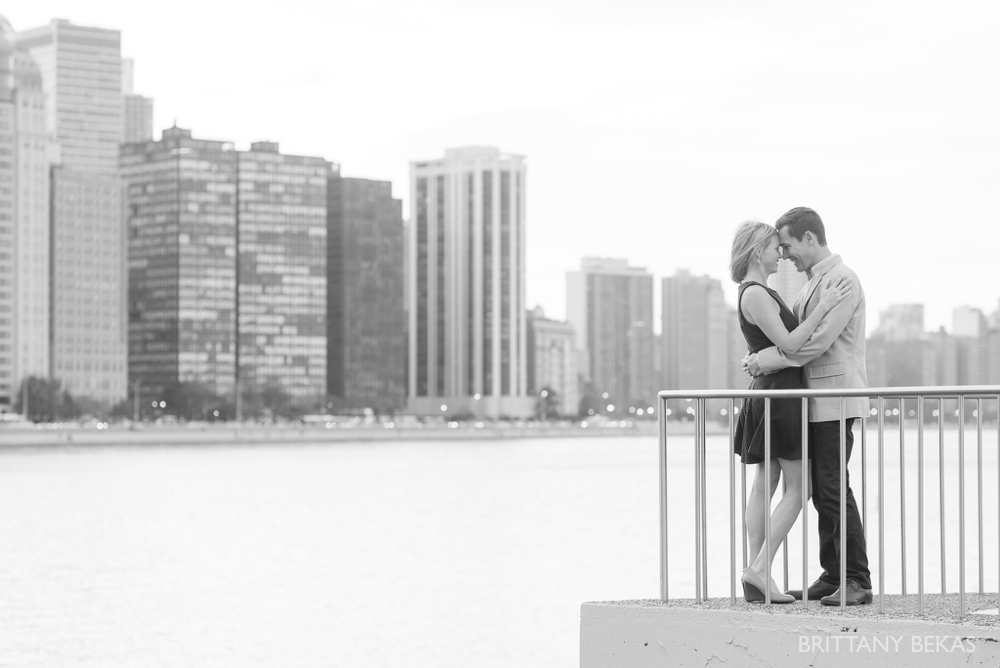Chicago Engagement - Olive Park Engagement Photos_0024