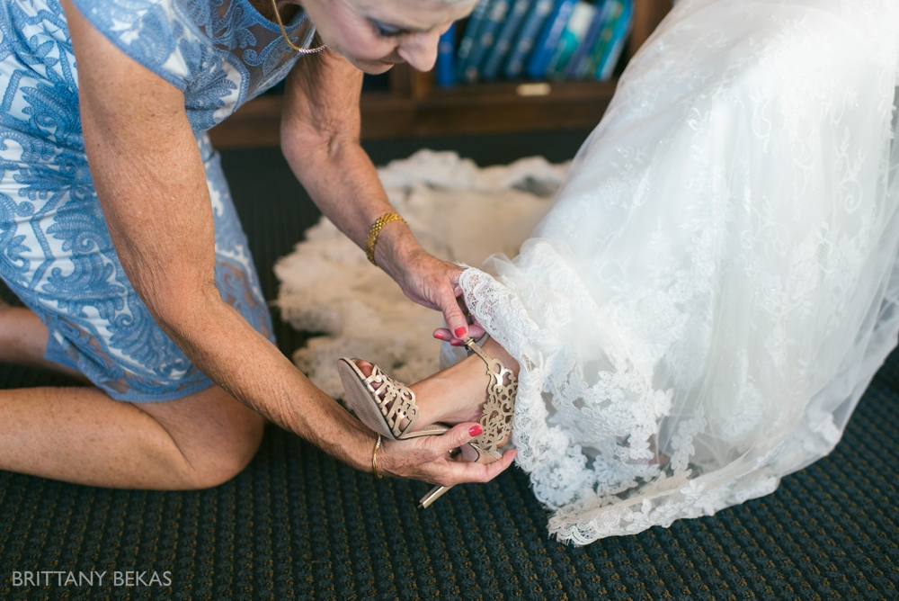 Chicago Wedding - Chicago Yacht Club Wedding Photos_0004