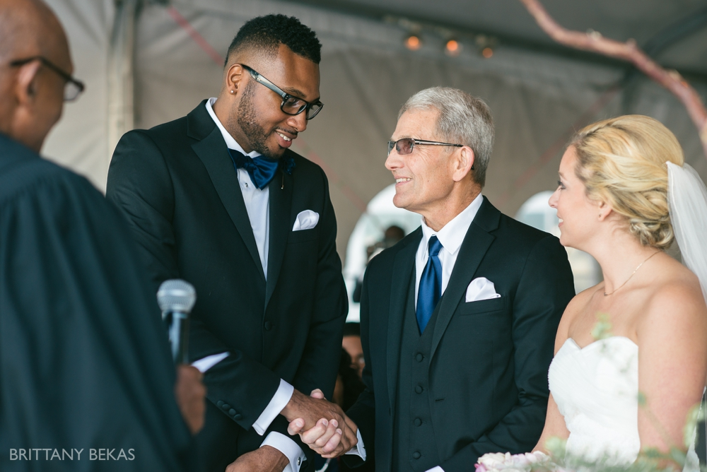 Chicago Wedding - Chicago Yacht Club Wedding Photos_0017