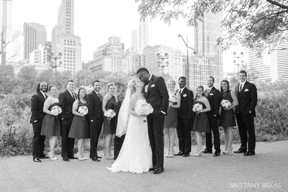 Chicago Wedding - Chicago Yacht Club Wedding Photos_0022