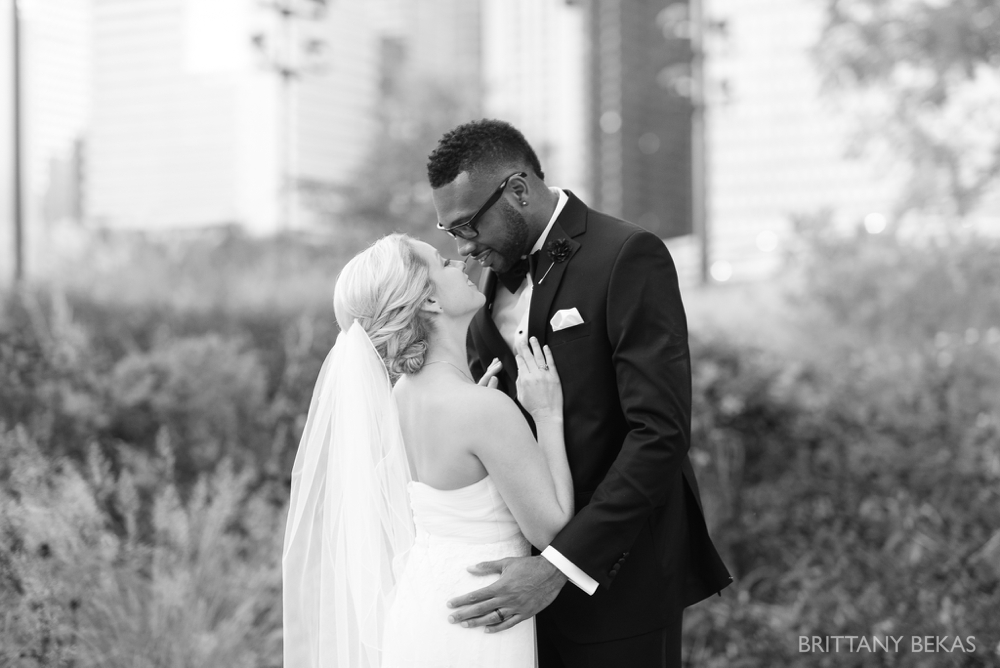 Chicago Wedding - Chicago Yacht Club Wedding Photos_0032