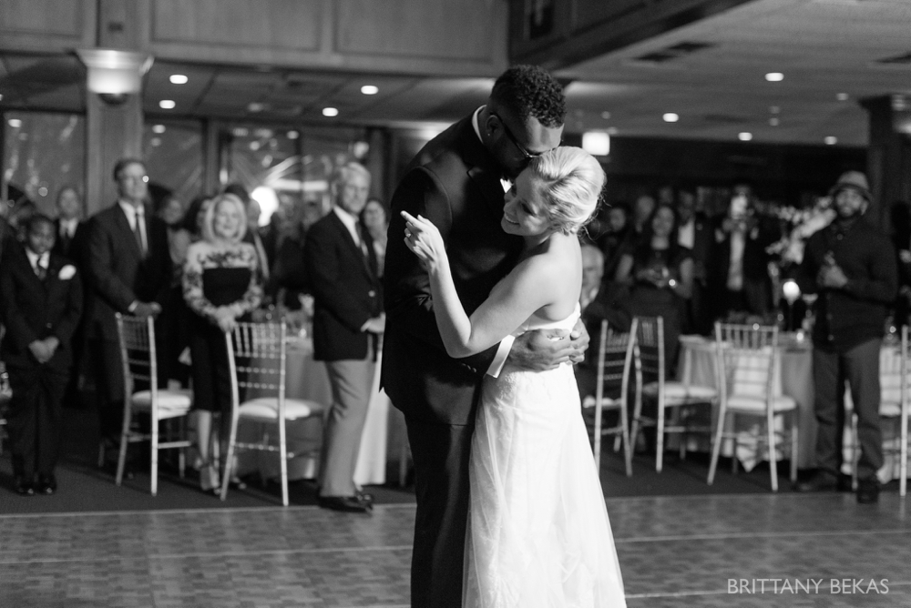 Chicago Wedding - Chicago Yacht Club Wedding Photos_0037