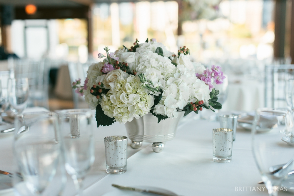 Chicago Wedding - Chicago Yacht Club Wedding Photos_0055