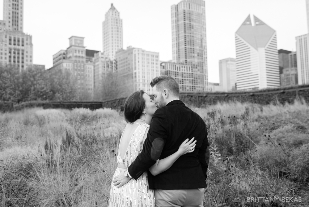Chicago Elopement - Chicago City Hall + Lurie Garden Elopement Photos_0022