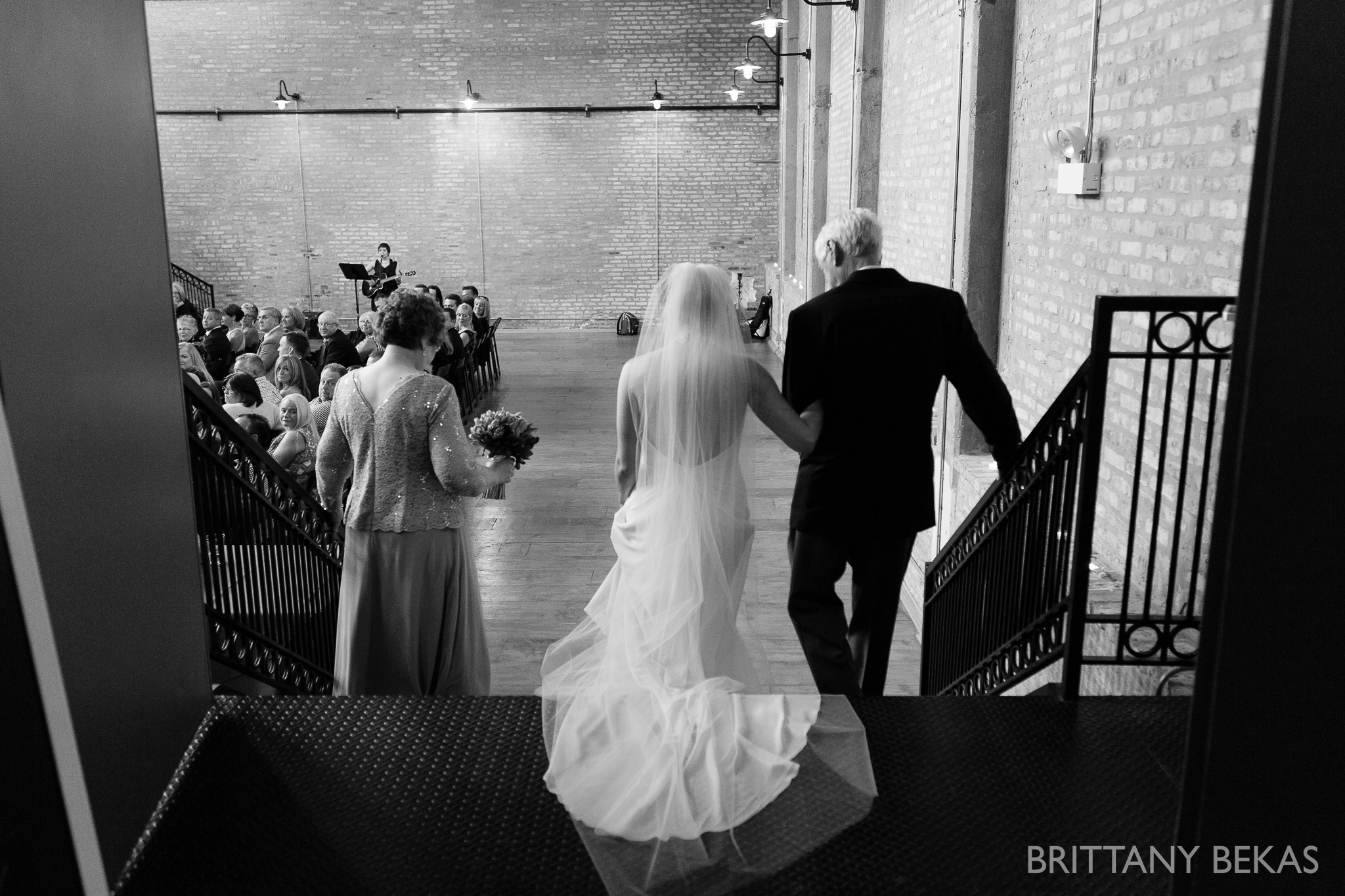 Chicago Wedding - Ravenswood Event Center Wedding Photos_0031