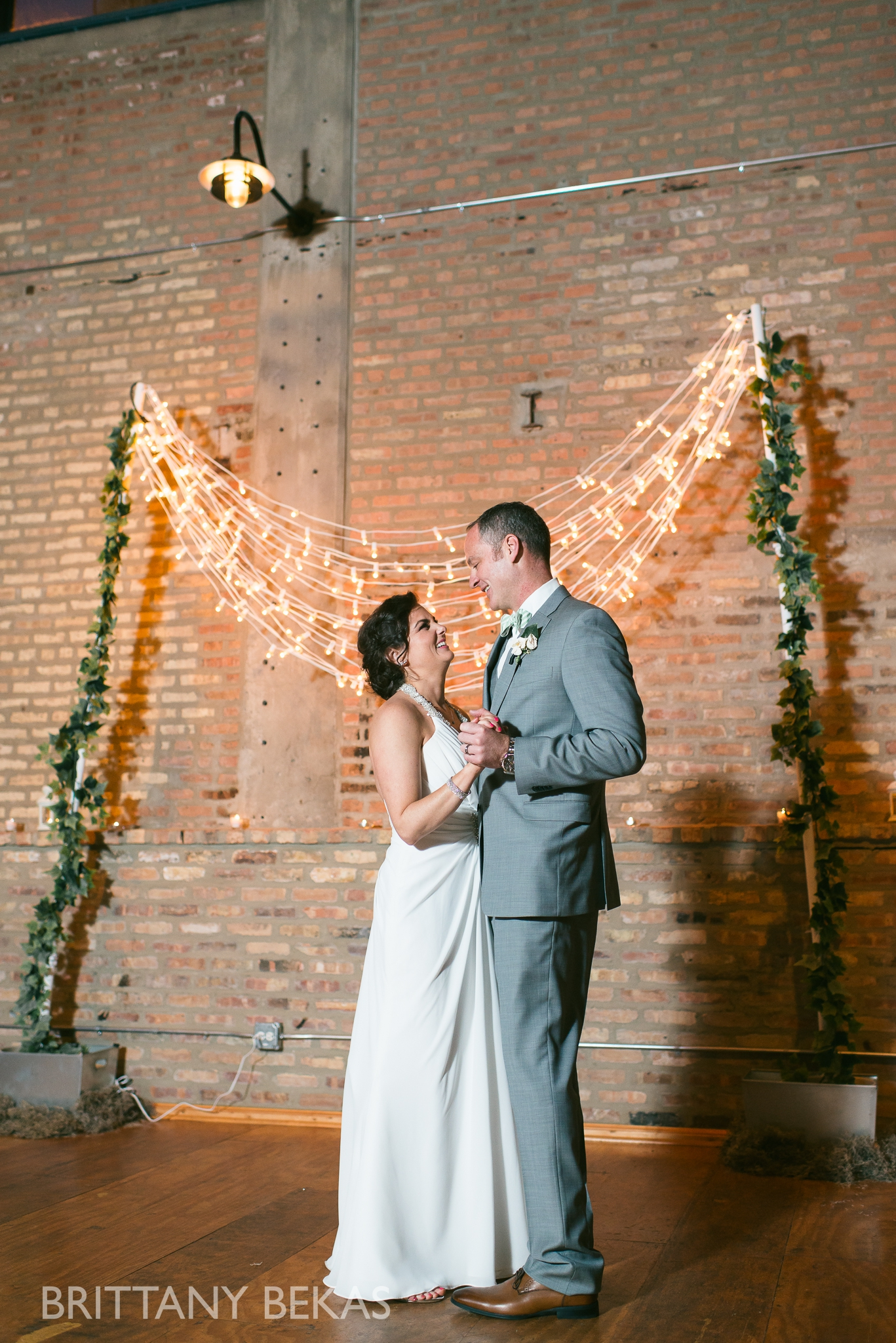 Chicago Wedding - Ravenswood Event Center Wedding Photos_0047