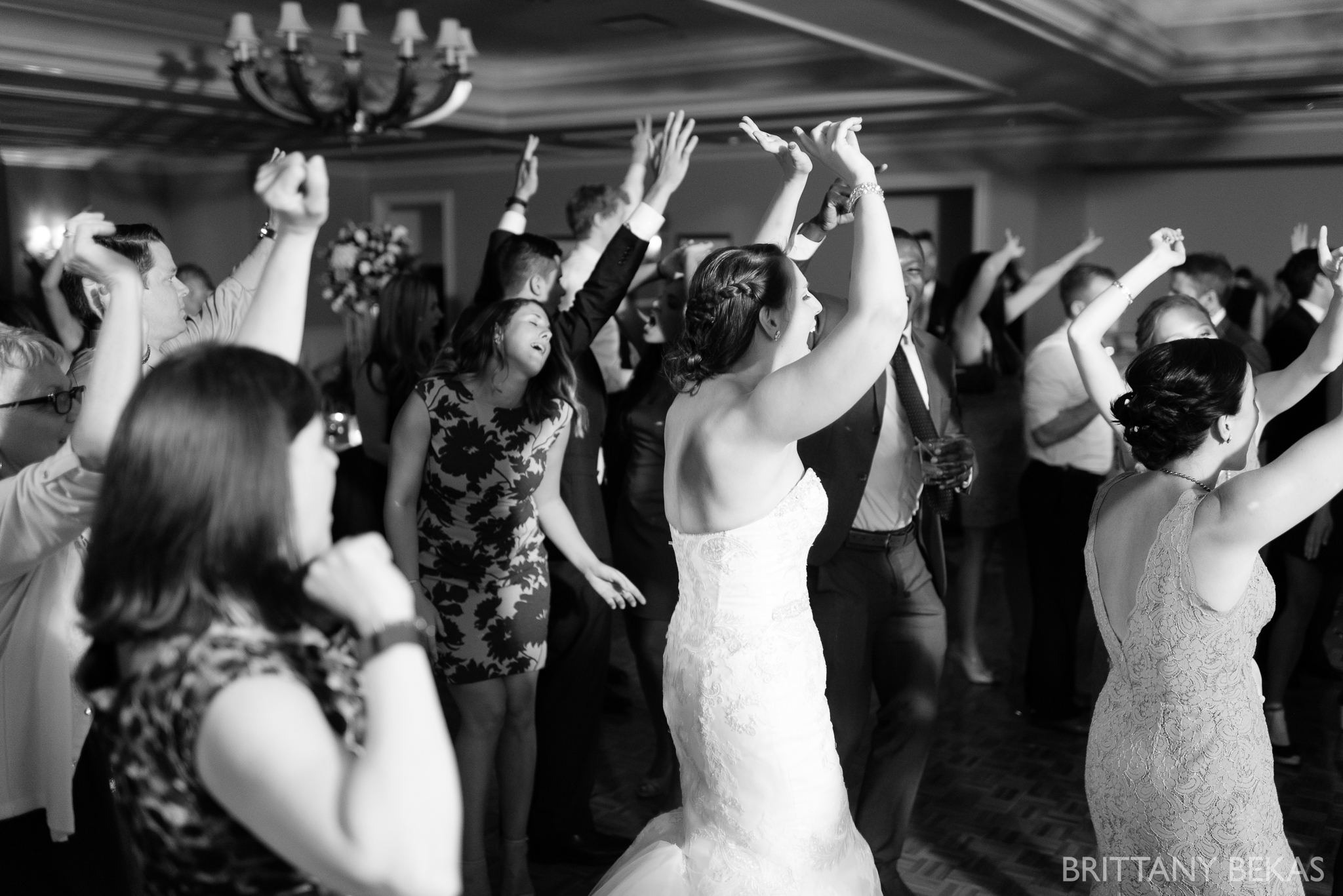 Chicago Wedding Butterfield Country Club Wedding Photos_0044