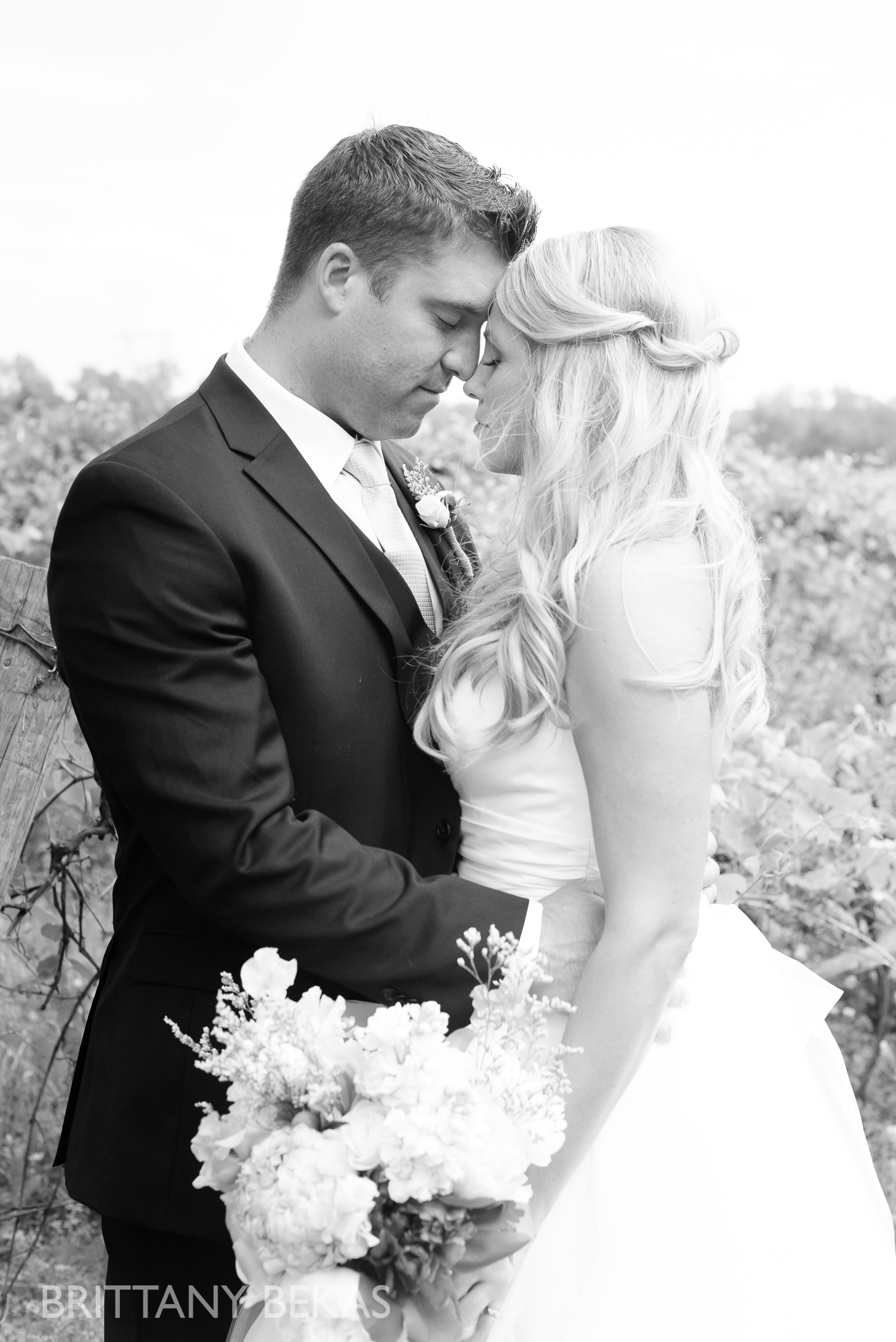 New Buffalo Wedding - Willow Harbor Vineyards Wedding Photos - Brittany Bekas Photography_0031