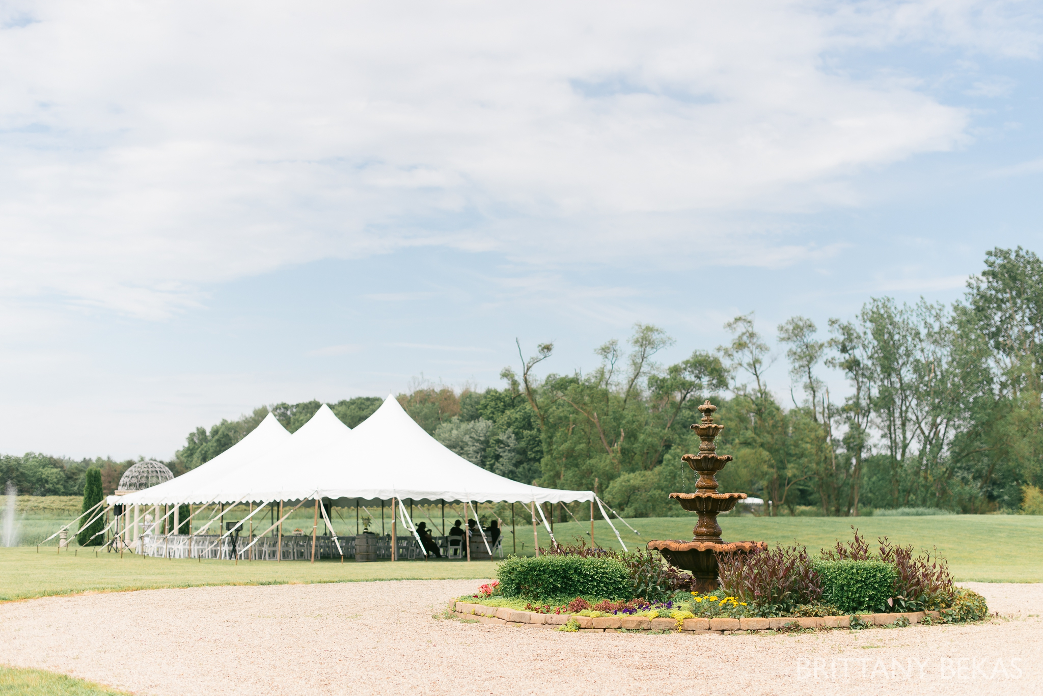 New Buffalo Wedding - Willow Harbor Vineyards Wedding Photos - Brittany Bekas Photography_0032