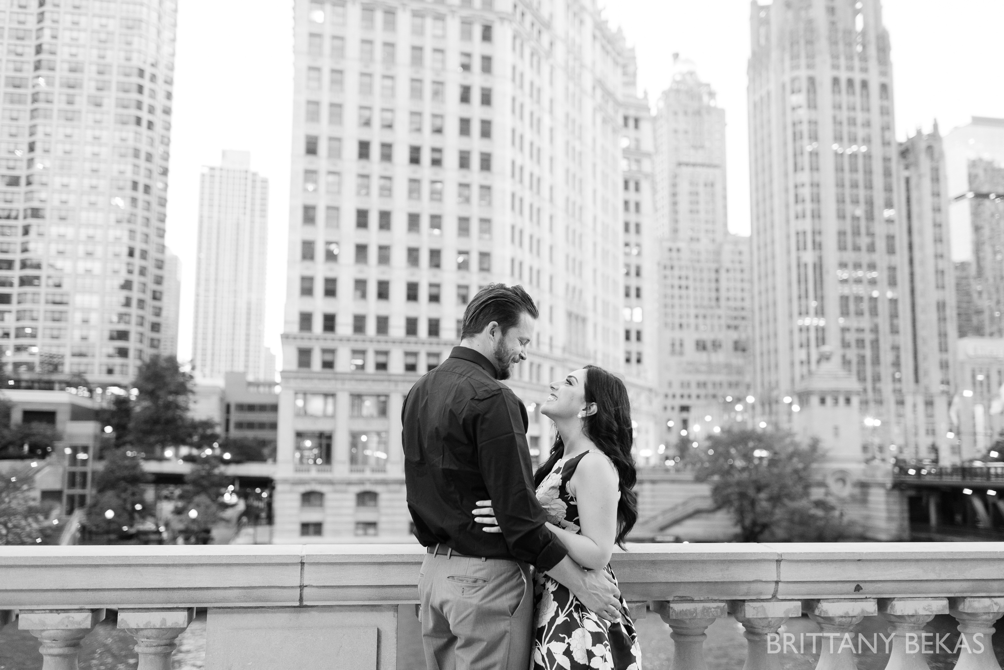 Chicago Riverwalk Engagement Photos - Brittany Bekas Photography_0008