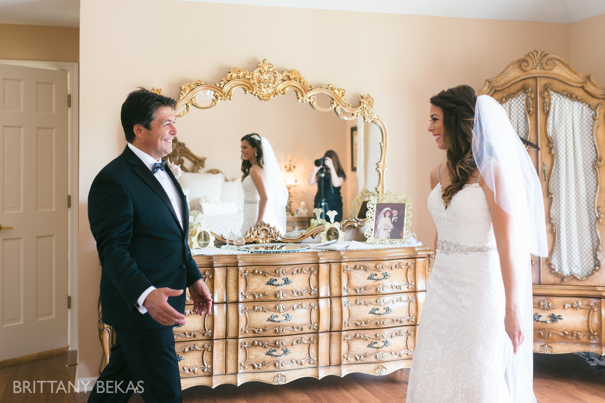 Chicago Wedding Photos St Edmunds + Concorde Banquets- Brittany Bekas Photography_0011