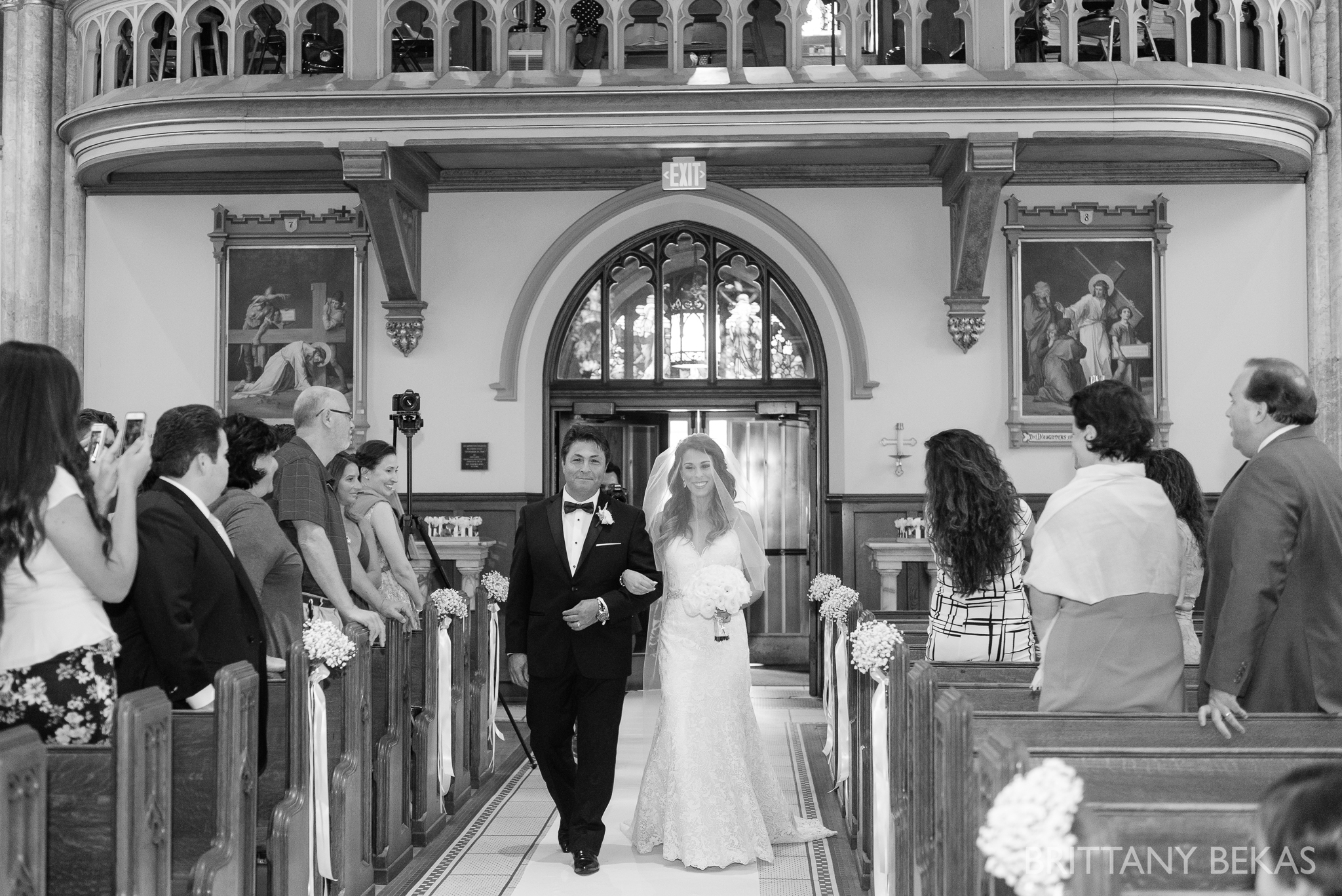 Chicago Wedding Photos St Edmunds + Concorde Banquets- Brittany Bekas Photography_0013