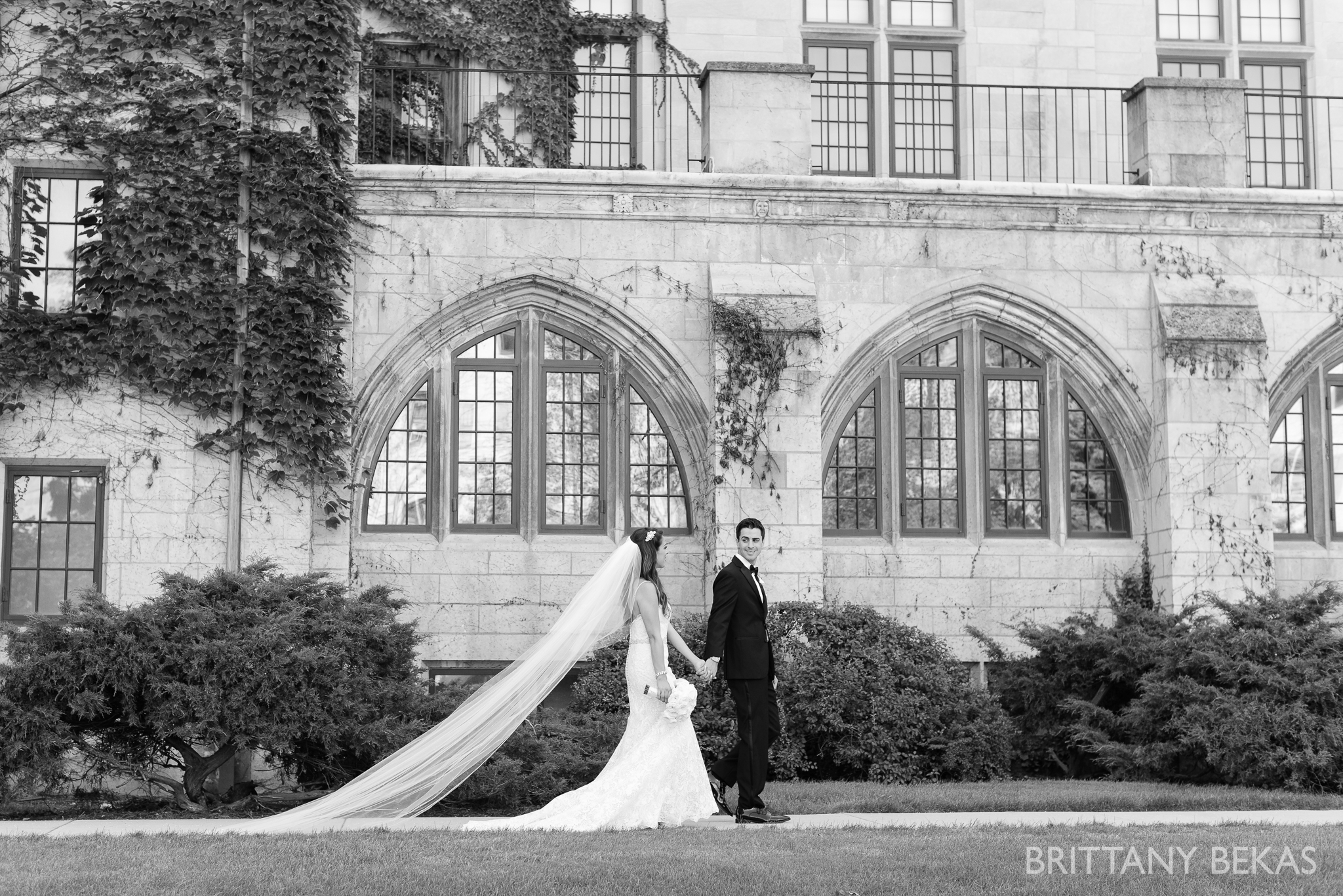 Chicago Wedding Photos St Edmunds + Concorde Banquets- Brittany Bekas Photography_0025