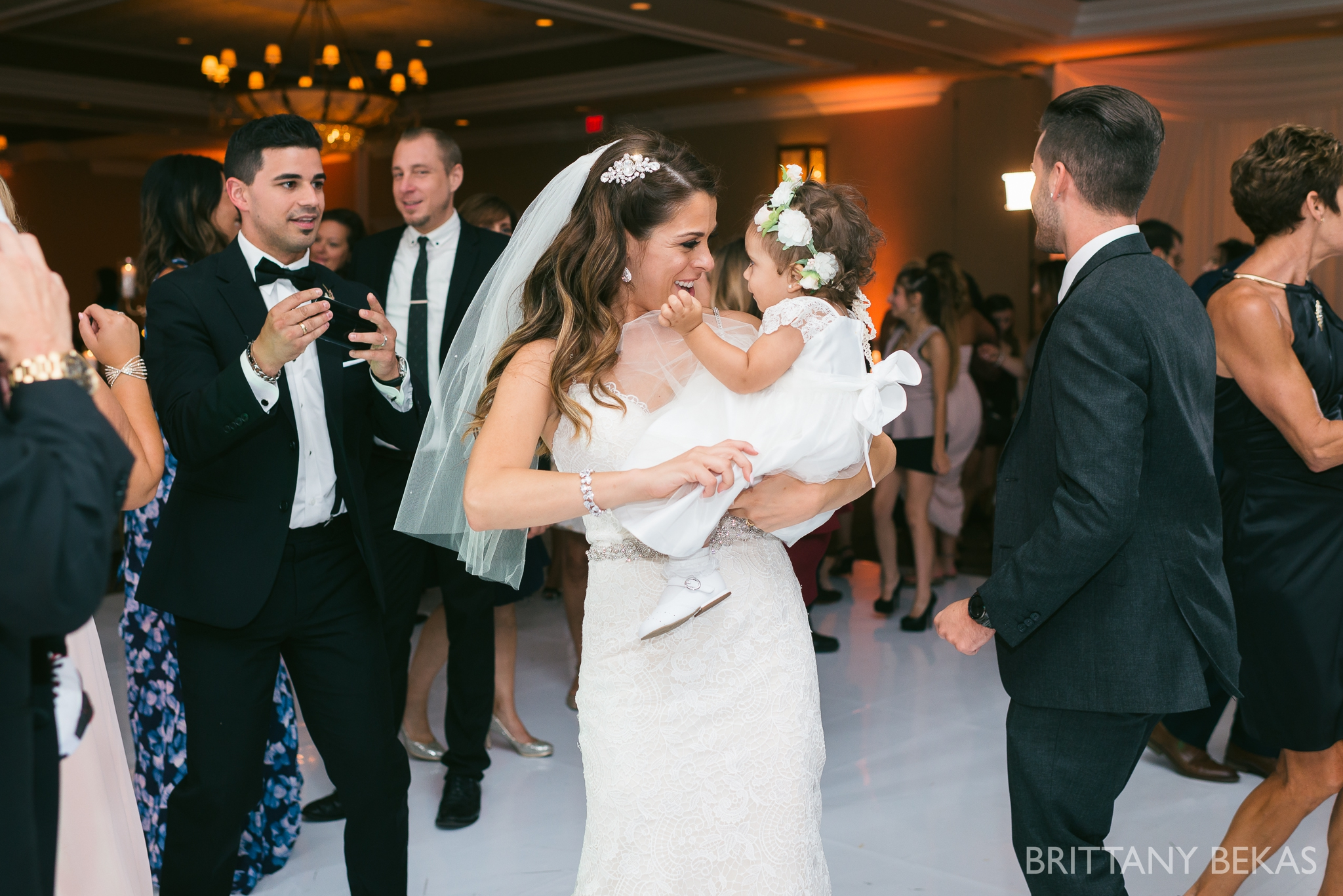 Chicago Wedding Photos St Edmunds + Concorde Banquets- Brittany Bekas Photography_0041