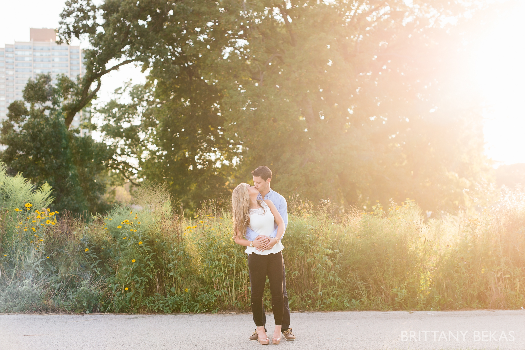 lincoln-park-chicago-engagement-photos-brittany-bekas-photography_0011