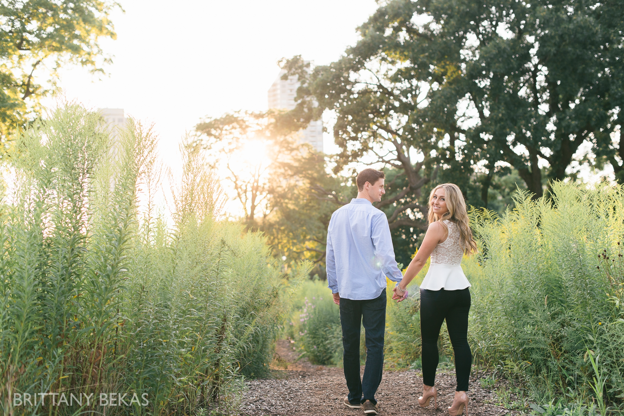 lincoln-park-chicago-engagement-photos-brittany-bekas-photography_0012