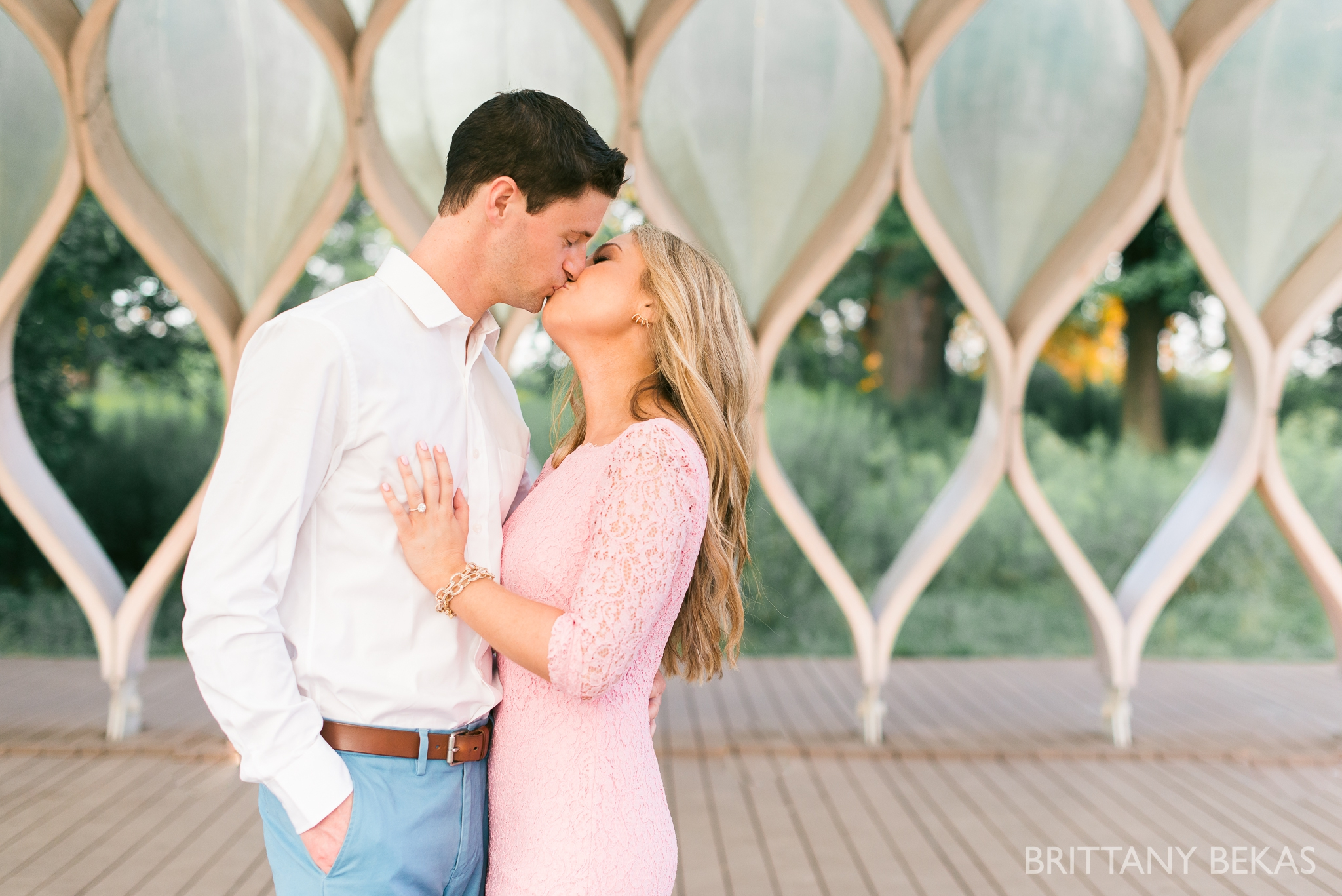 lincoln-park-chicago-engagement-photos-brittany-bekas-photography_0020
