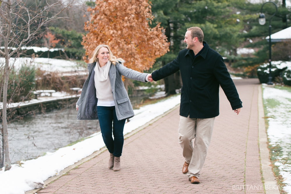 naperville-riverwalk-engagement-photos-chicago-engagement_0031