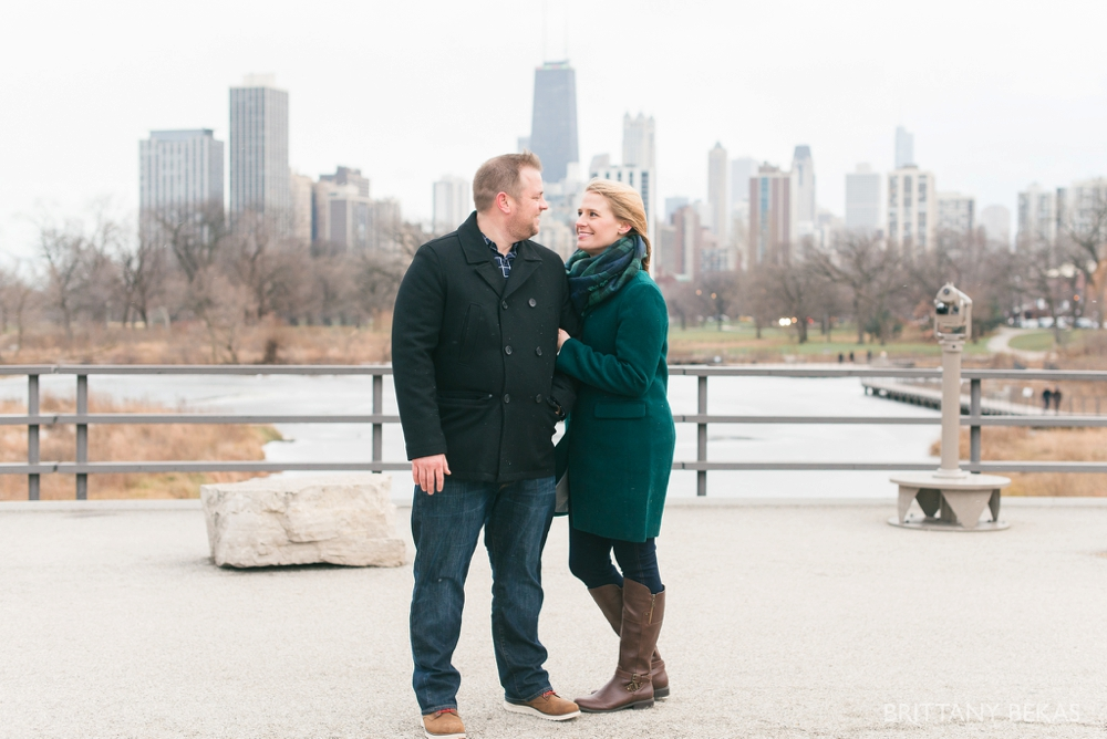lincoln-park-engagement-session-chicago-engagement-photos_0010