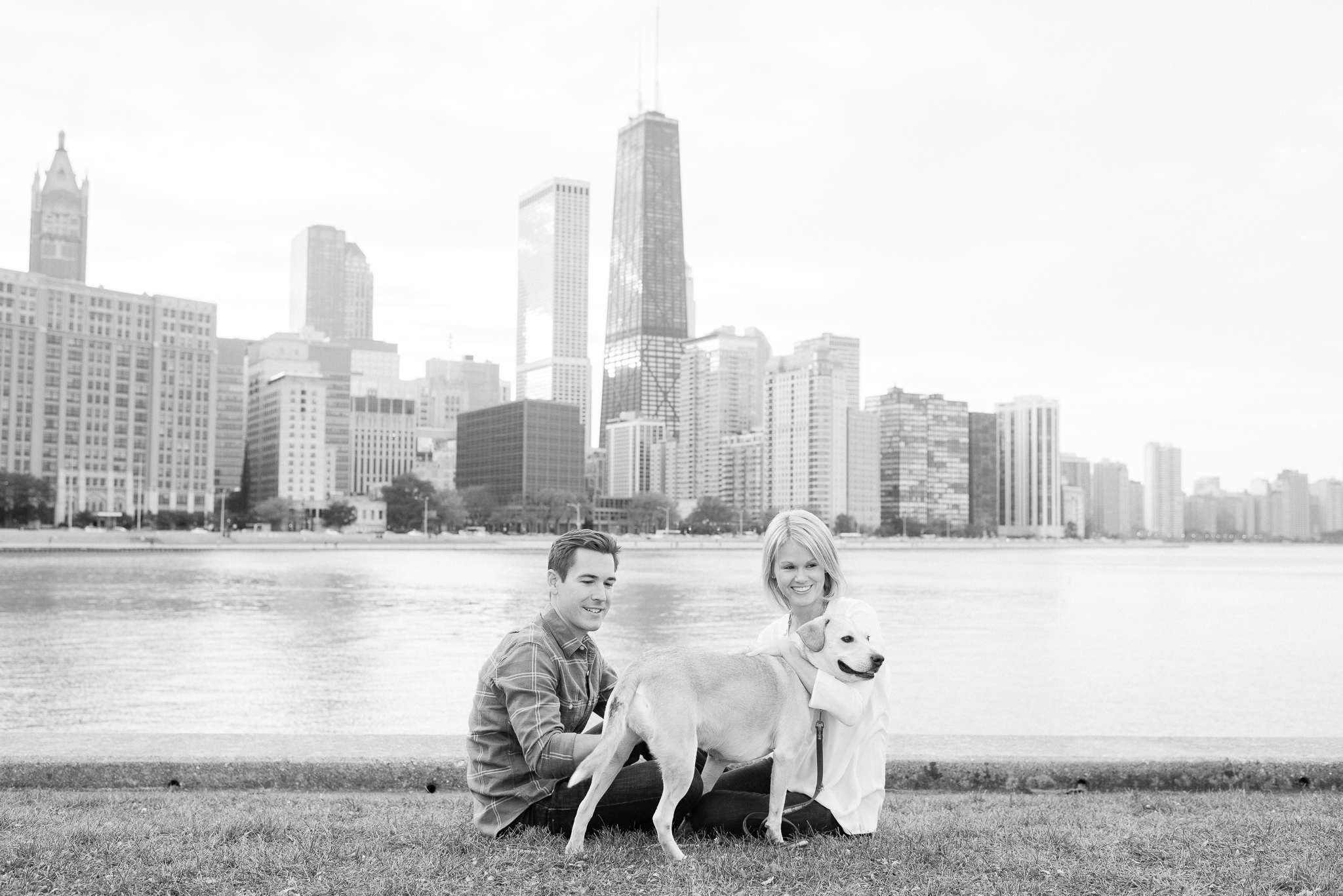 chicago engagement photos with skyline - olive park